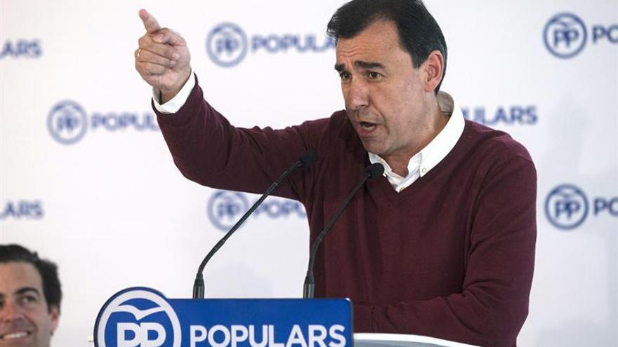 Maíllo logra un acuerdo con Madrid y Valencia sobre elección del líder del PP
