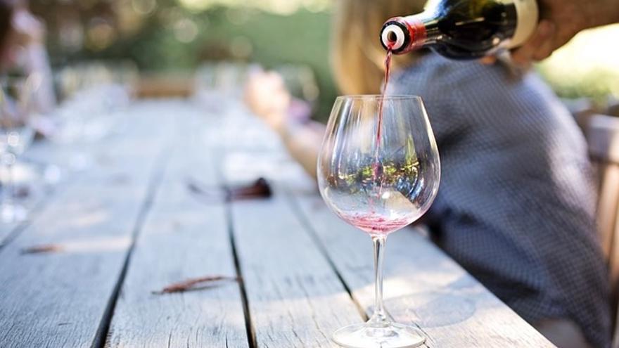 Cinco vinos de menos de 20 euros para amenizar la fase 0 de la escalada