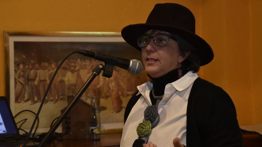 Cecilia Ibañez recoge el Premio Lechuza a (AMMA), Asociación de Mujeres de los Medios Audiovisuales/ CARLOS TRENOR