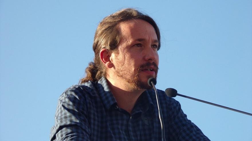 Pablo Iglesias acude este viernes con Nagua Alba a la proyección de 'Política: Manual de instrucciones'