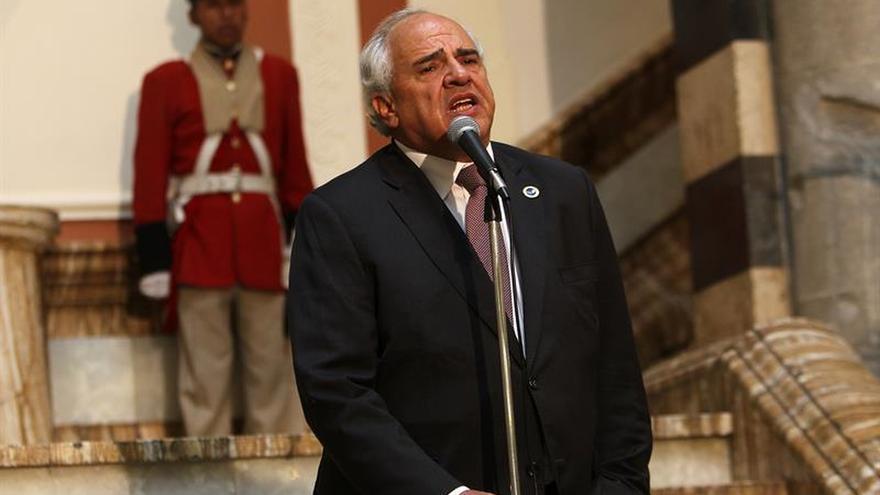 La Unasur cree que extremar posiciones agravará la situación social en Venezuela