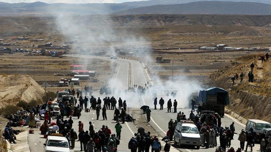 Un minero muere durante los choques entre manifestantes y policías en Bolivia