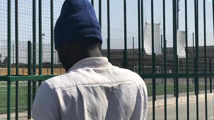 Ouled Ziani, tras la valla de lo que fue el mayor campamento de migrantes de Marruecos.