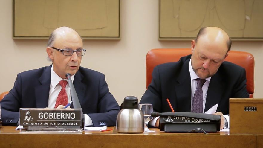 """La Generalitat vuelve a enviar los certificados exigidos por Hacienda y Montoro ve demostrado su """"caos"""""""