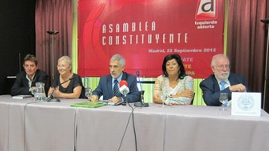 Luis G. Montero, Teresa Aranguren, Llamazares, Almudena Grandes y Carlos Berzosa