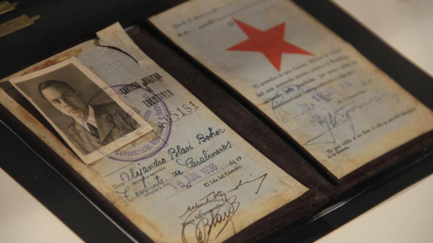 Carta militar de identidad del teniente Alexandre Blasi, expuesta en el Museo del Memorial del Exilio de la Jonquera