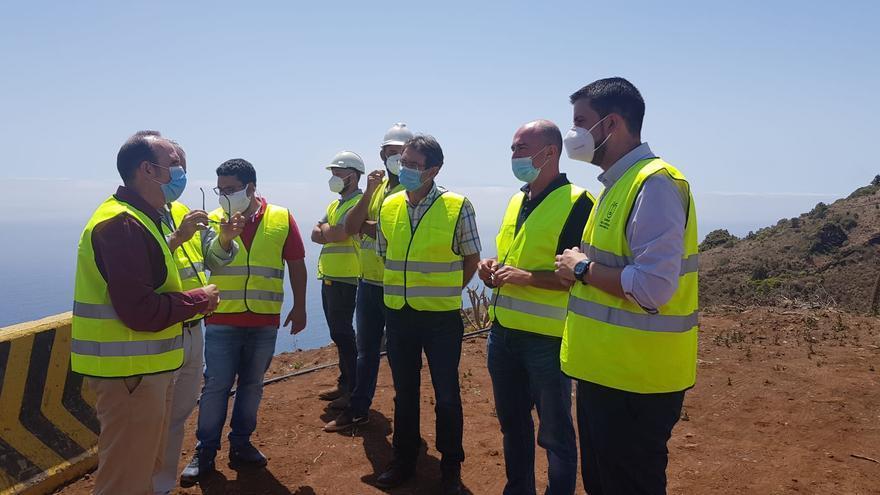 Visita  a la obras de urbanización del polígono industrial de Cercado Manso, en Puntallana.