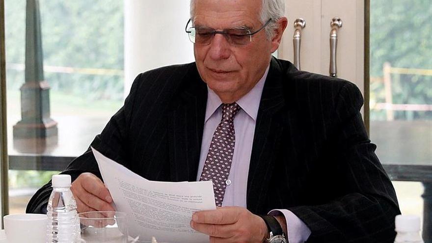 Borrell confía que independentistas conozcan los PGE antes de apoyarlos o no