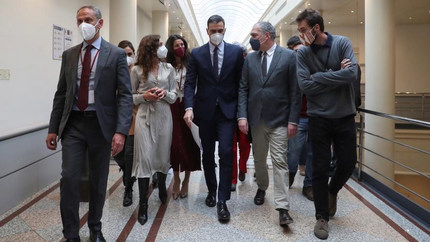 Los partidos piden un plan B al estado de alarma que Sánchez insiste en no prorrogar