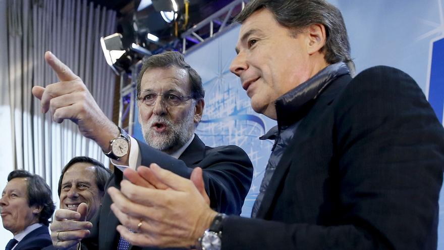 Mariano Rajoy e Ignacio González en un acto del PP de Madrid en 2014.