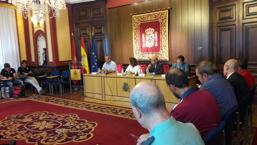 Las fuerzas de seguridad de Navarra y La Rioja coordinan el dispositivo para la 16ª etapa de la Vuelta a España
