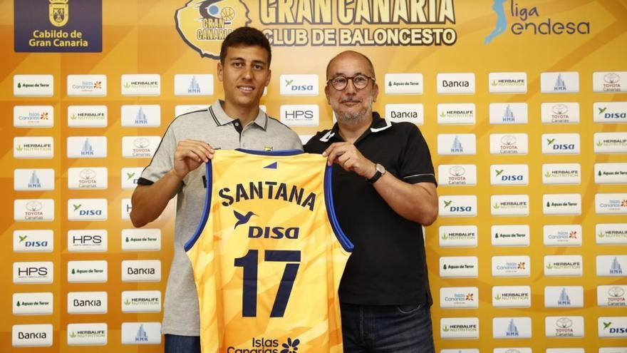 Fabio Santana, junto a Enrique Moreno