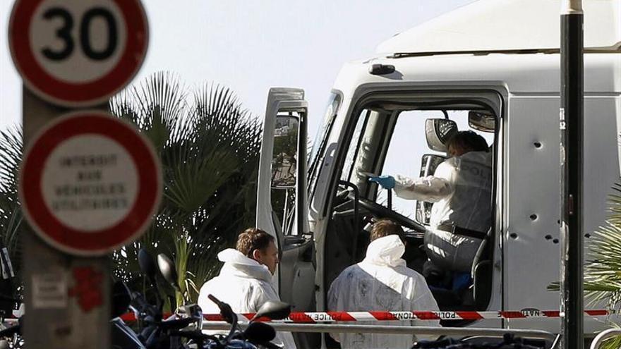 """El terrorista de Niza pidió en un mensaje """"más armas"""" antes del atentado"""