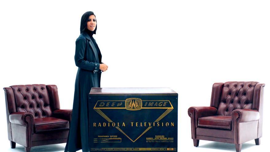 """Ana Pastor se adentró en 'Matrix' para anunciar el próximo '¿Dónde estabas entonces?': """"Comienza el futuro"""""""