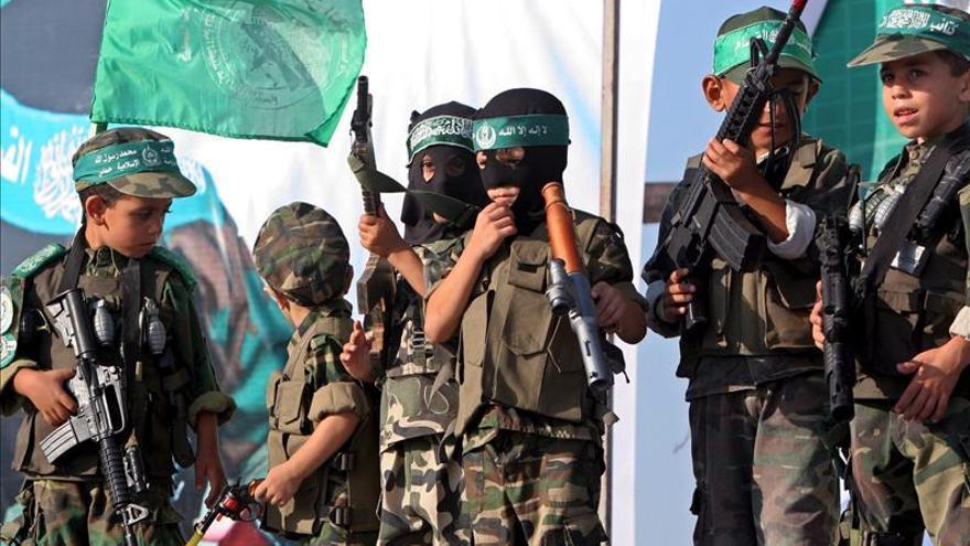 """Hamás califica a Sharón de """"criminal"""" y autor de """"desgracias"""" a los palestinos"""