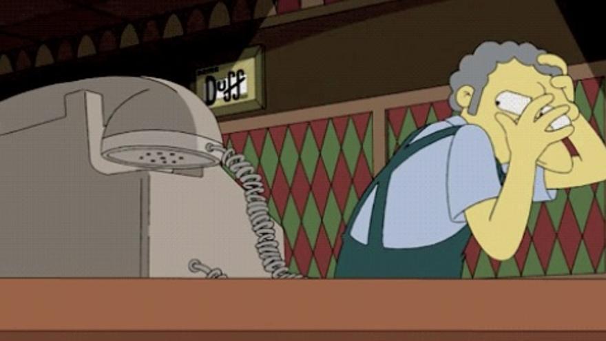 La peor pesadilla de Moe se hace realidad con las bromas telefónicas de Juasapp