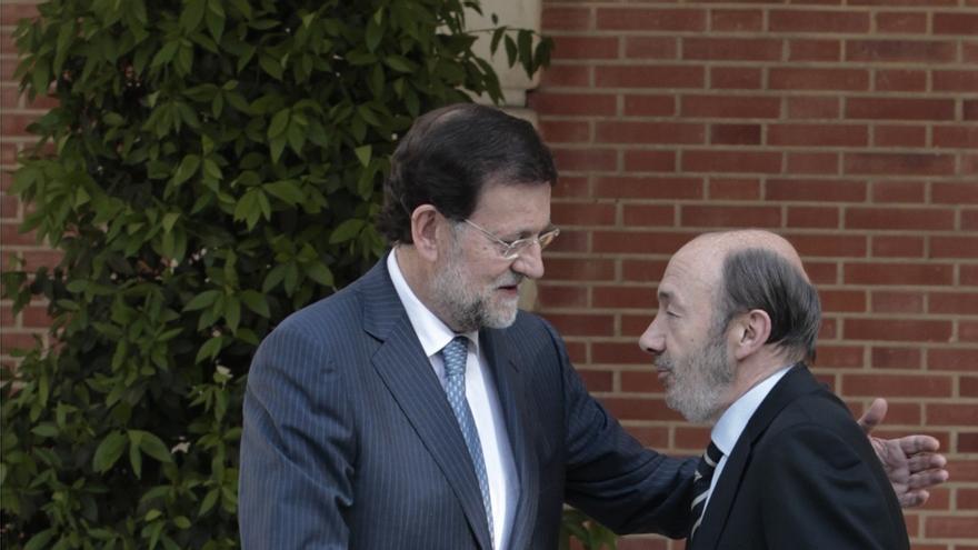 """Rajoy a Rubalcaba:""""No me cierro en banda a reformar la Carta Magna pero hay que saber para qué y con quién contamos"""""""
