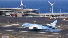 Imagen de archivo de un avión de TUI aterrizando del Aeropuerto de La Palma.