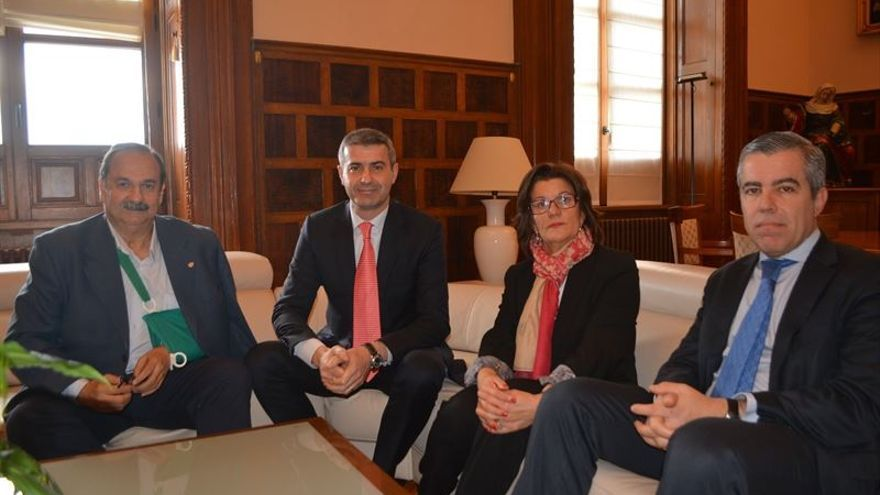 Reunión en la Diputación de Toledo