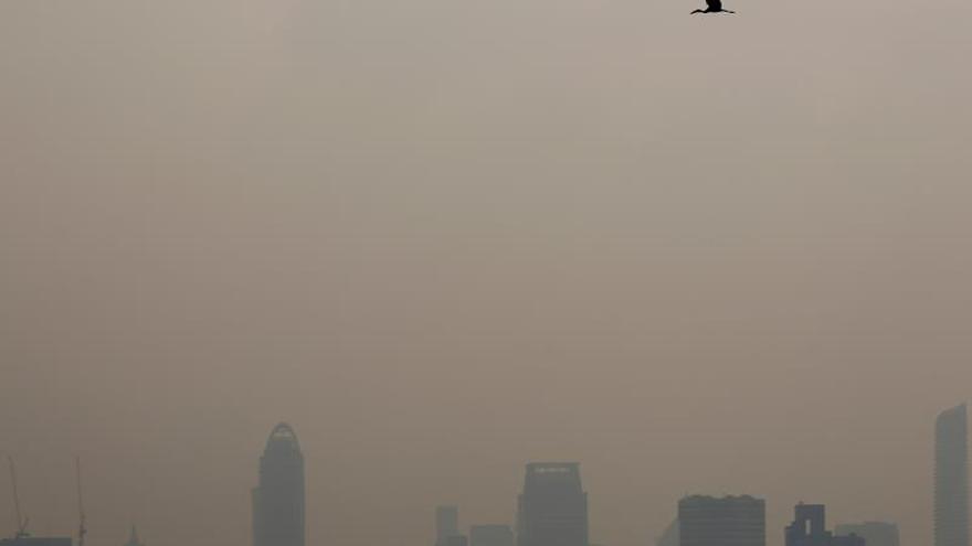 Las autoridades tailandesas se ven desbordadas ante la contaminación del aire