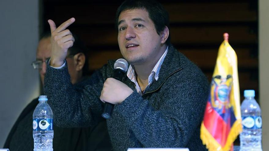 Ministro ecuatoriano dice que la integración regional actual es una carrera al abismo