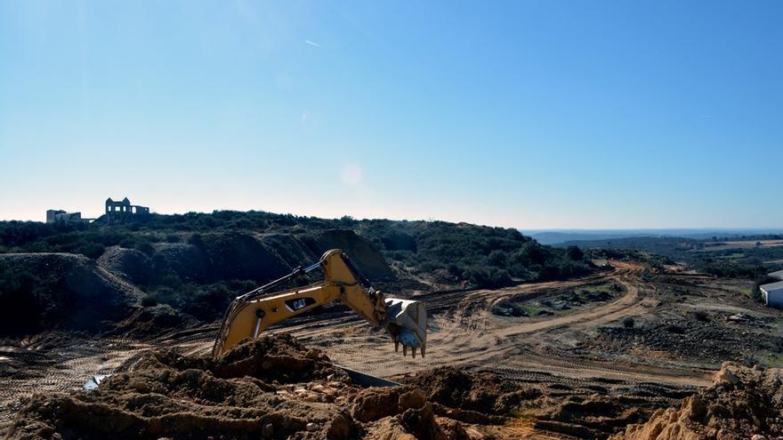 Trabajos de preparación de la mina de wolframio en Barruecopardo / Saloro.