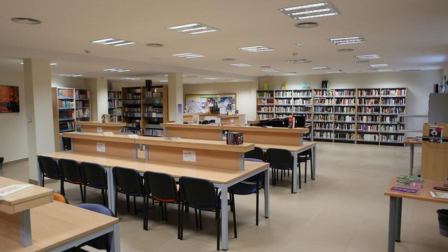 Rincón de la biblioteca. (Alejandro Ramos)