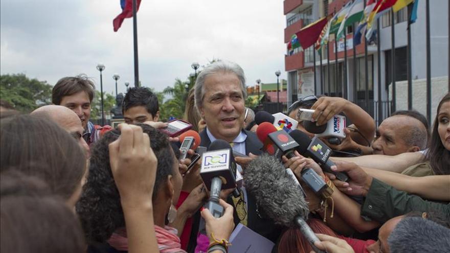 """La oposición venezolana ve una operación """"fraudulenta"""" en la separación de una diputada"""