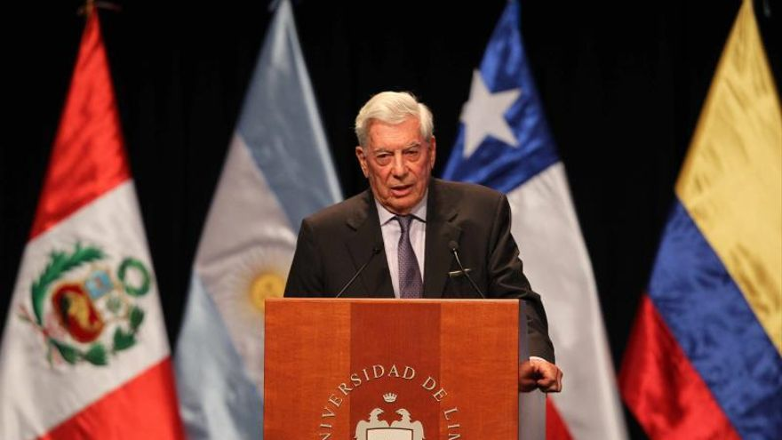 Organizaciones en ciudad dominicana protestarán contra Vargas Llosa