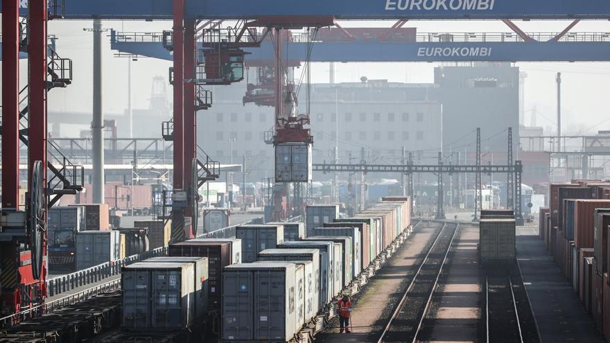 La UE registró un superávit comercial de 15.700 millones de euros en julio