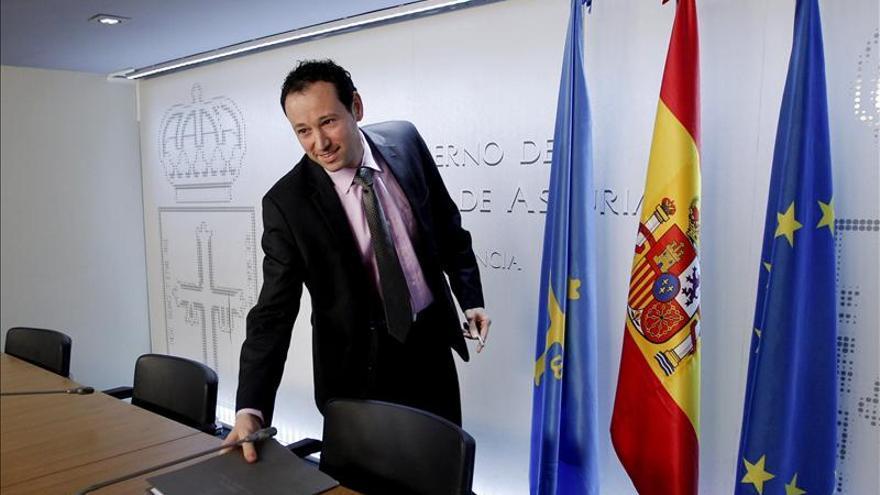 """El Principado ve """"insuficientes"""" las explicaciones de Cascos sobre Bárcenas"""