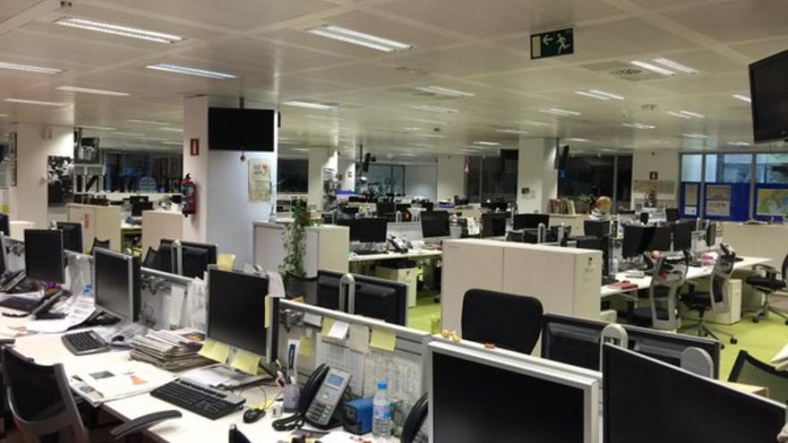 Redacción de El Mundo el 3 de mayo de 2016. Primera huelga de 24 horas contra el ERE. / @Comite_ELMUNDO