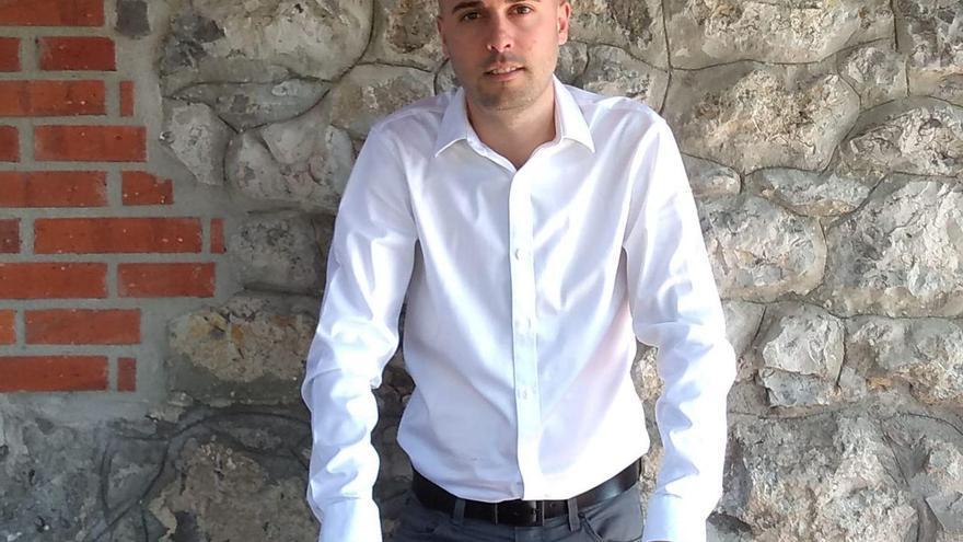 Israel Ruiz Salmón, candidato en las primarias de IU Cantabria.