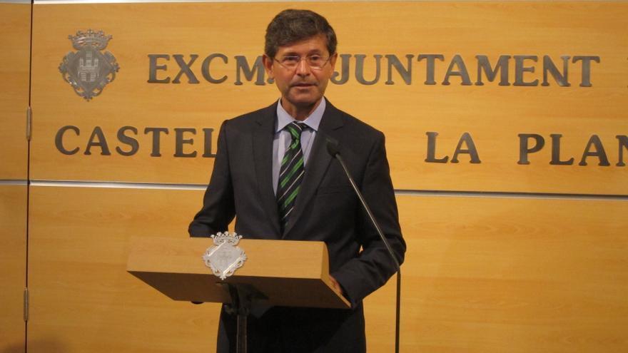 """Alcalde de Castellón espera que la imputación a Carlos Fabra sirva para aclarar las """"dudas"""" del juzgado"""