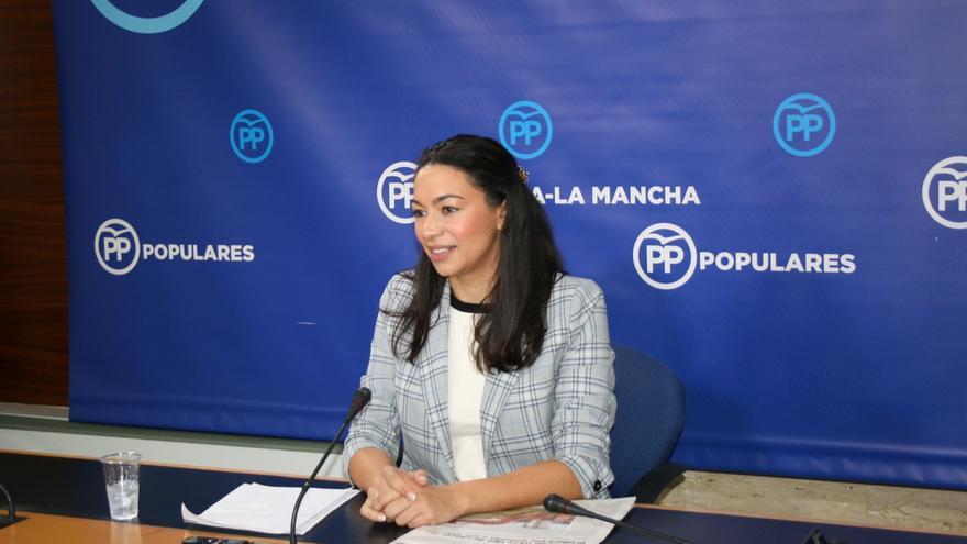Claudia Alonso en rueda de prensa