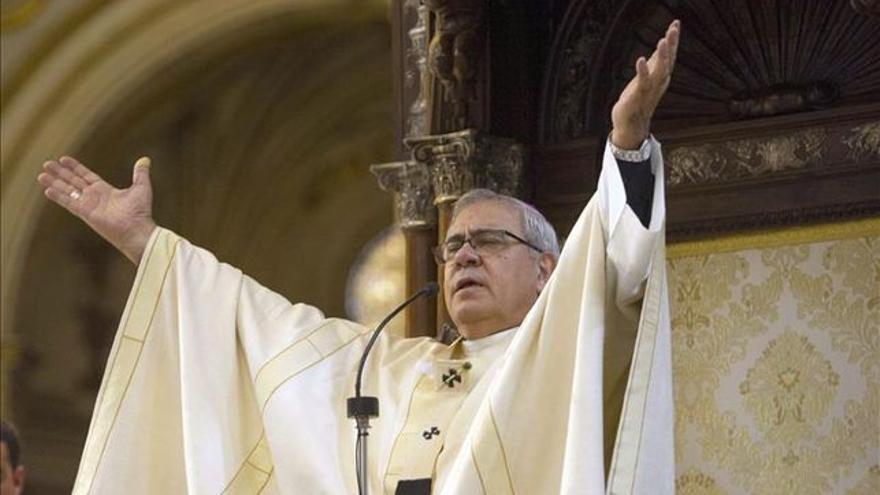 El arzobispo de Granada pide perdón por el escándalo de los 'Romanones'