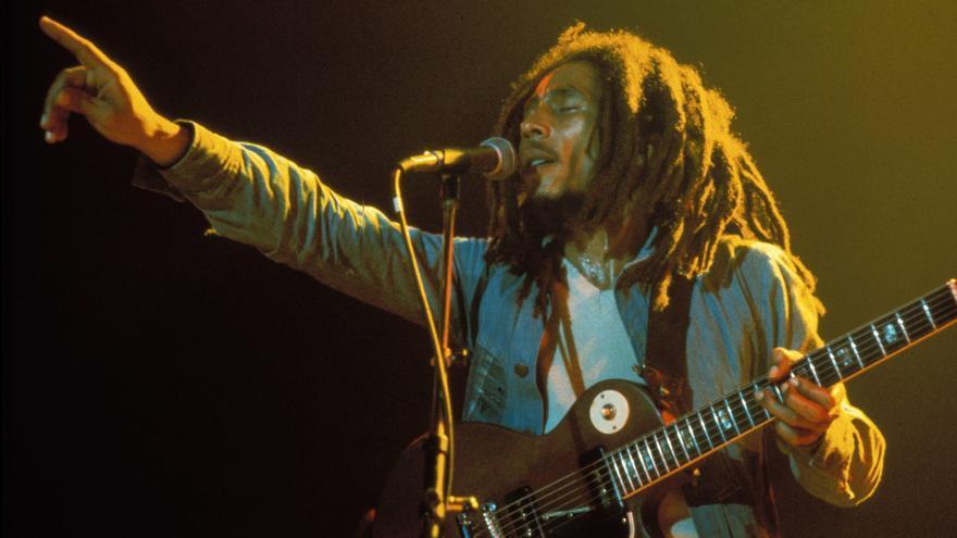 El cantante Bob Marley durante un concierto