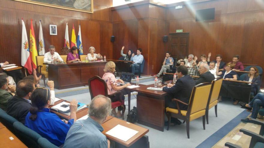 Pleno del Ayuntamiento de Santander. | RUBÉN VIVAR