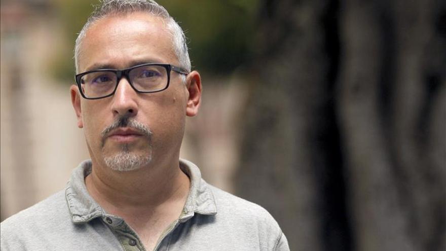 El maestro de religión apartado por gay reconoce que no es la persona idónea