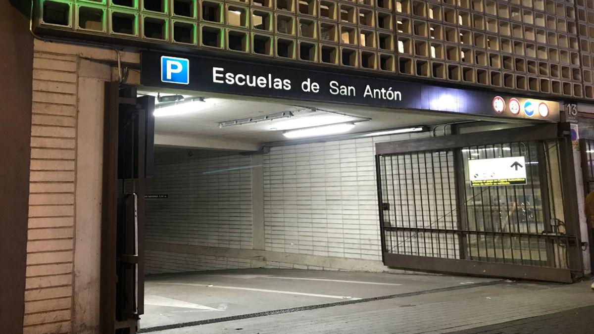 Entrada al aparcamiento de las Escuelas Pías | SOMOS CHUECA