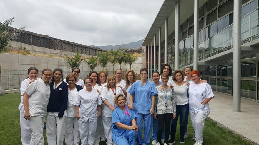 Personal del Centro de Atención a la Discapacidad Triana. Foto cedida por la Orden Hospitalaria de San Juan de Dios.