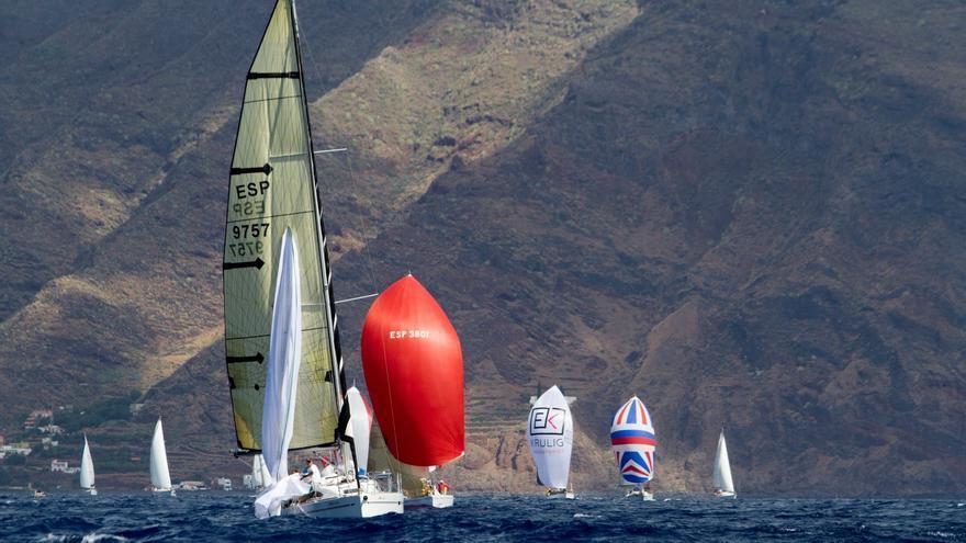 Disputa de la prueba en el campo de regatas de Santa Cruz