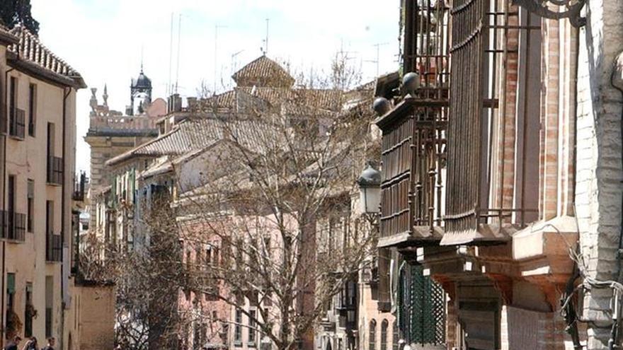 """Granada logra el """"lleno técnico"""" de ocupación durante la Semana Santa"""