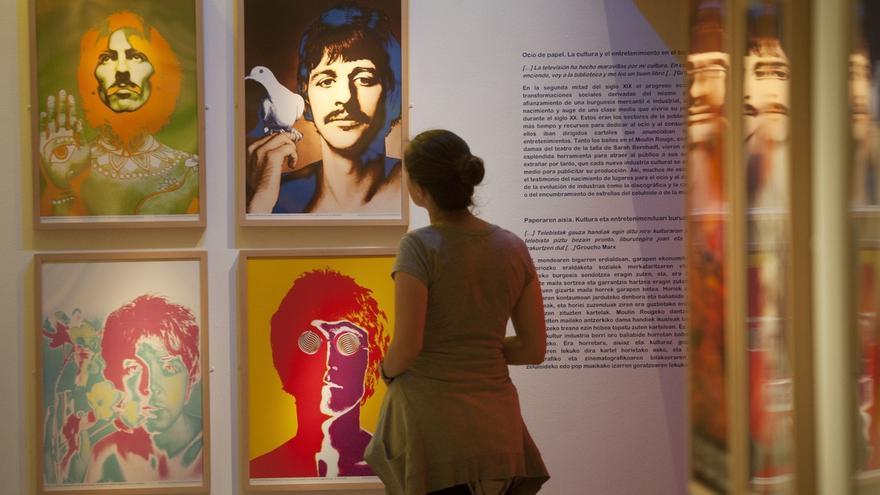 Sala Fundación Vital acoge una exposición que recorre la historia del cartelismo desde sus orígenes a finales del siglo