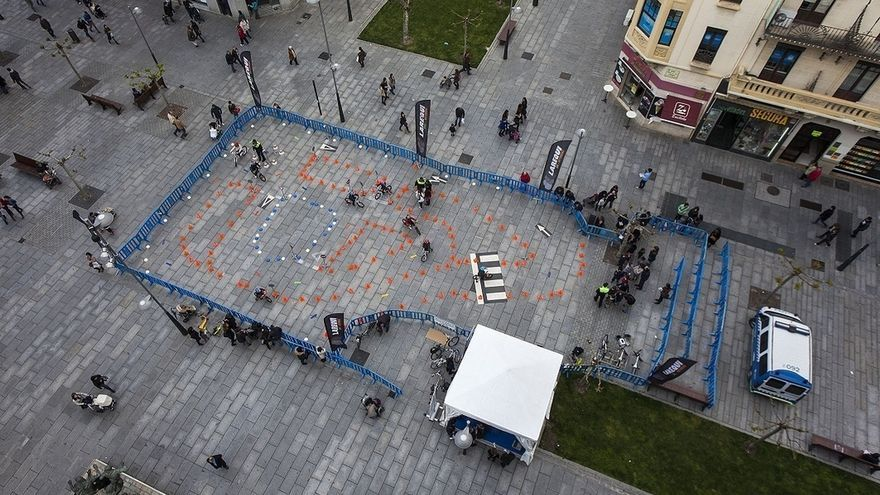 La adicción al juego, novedad de las charlas que ofrecerá Policía Municipal en centros escolares de Pamplona
