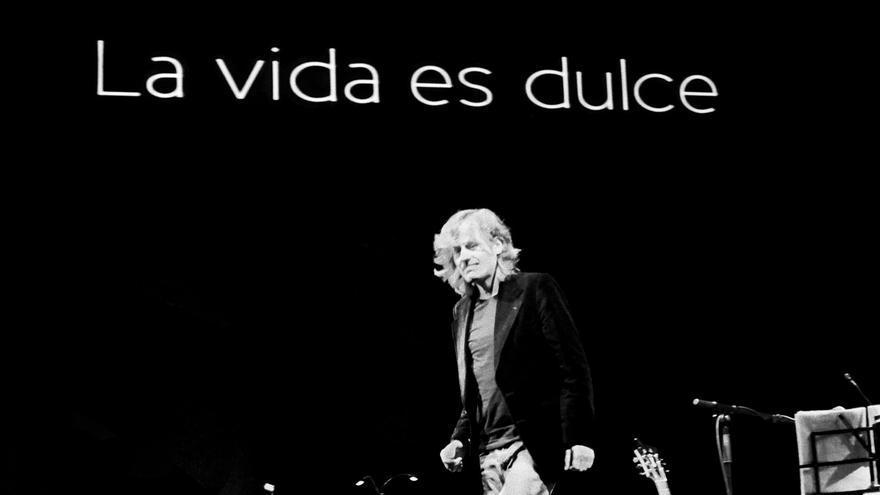 Nacho Vegas, sobre el escenario./David Ruiz