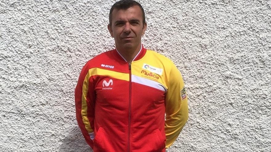 La comisión técnica de la Real Federación Española de Ciclismo ha confiado en el raider lagunero para que actúe como jefe de equipo