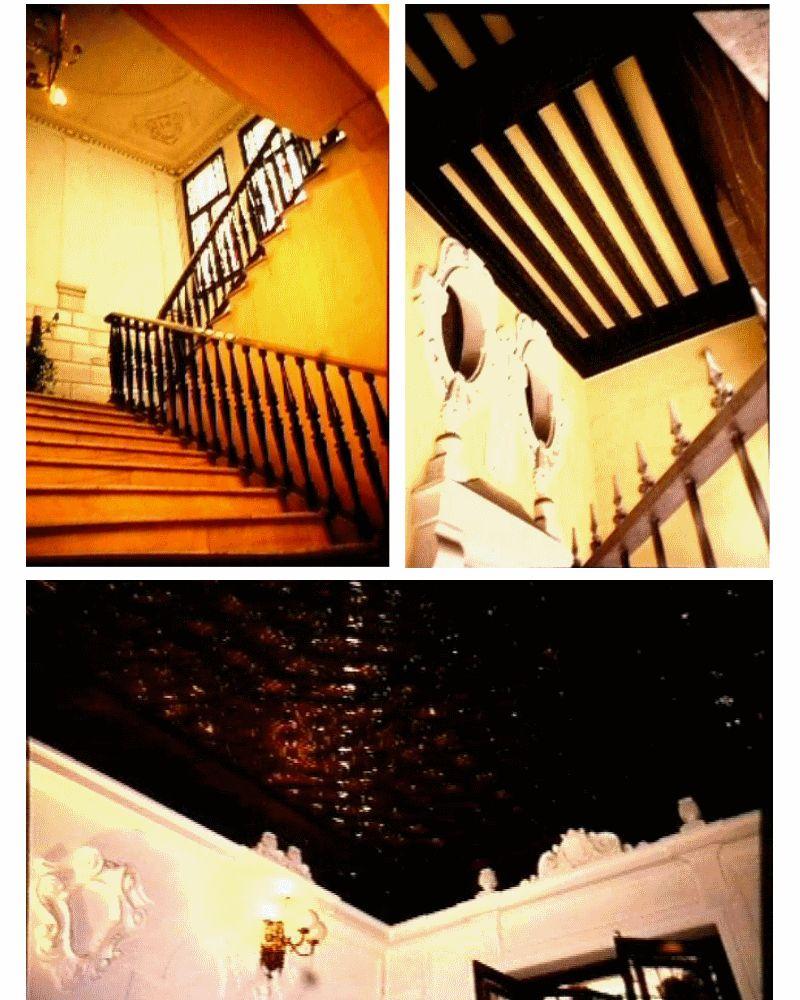 Interiores del edificio, fotos de hace años del visor municipal de urbanismo