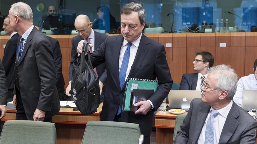 Mario Draghi a su llegada el lunes a la reunión del eurogrupo.