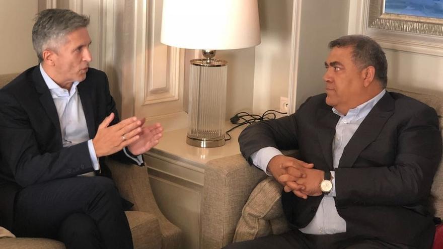 Grande-Marlaska se reúne con el ministro del Interior de Marruecos en Tánger